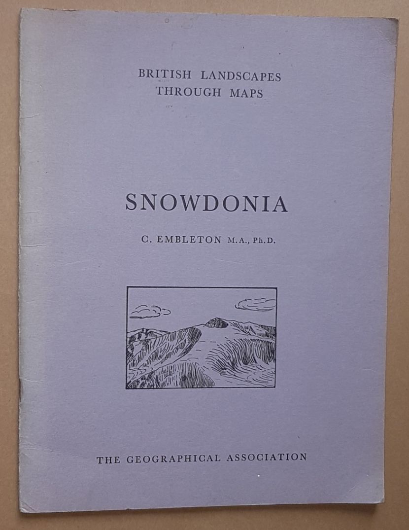Image for Snowdonia: a description of the O.S. One-inch Sheet 107: Snowdon. (British Landscapes Through Maps 5)